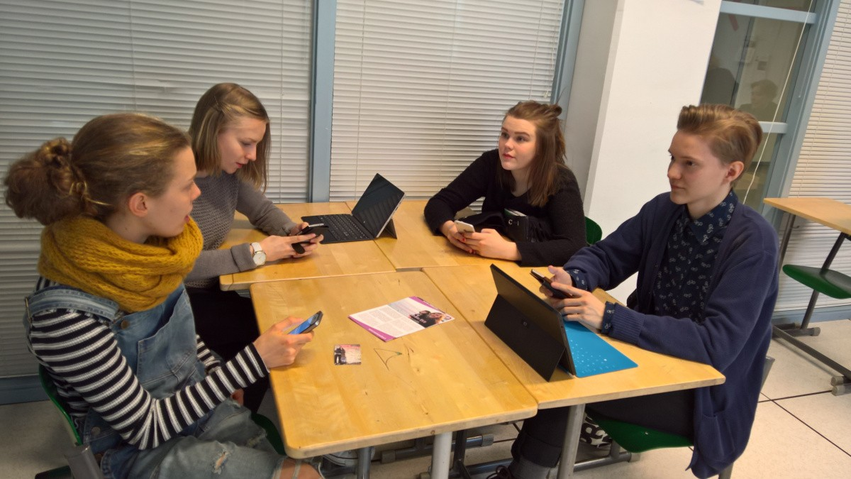 Music, mother tongue and social studies renewed through stories – Tapiola high school testing EdVisto
